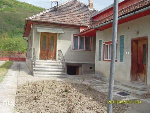 Vand casa_, Hunedoar