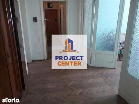 Apartament 4 camere, decomandat, Ultracentral